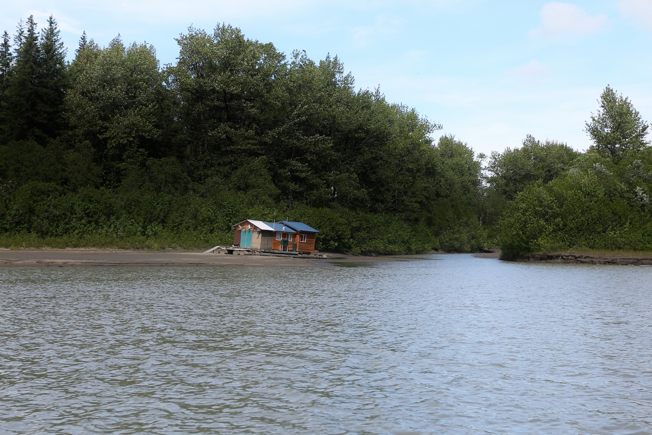 These hunting cabins must be floating on logs, and cannot be anchored in any way to the shore, according to local regulations.