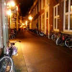 A typical Den Haag backstreet at night